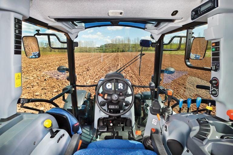 studer landtechnik und umwelttechnik traktor t4. Black Bedroom Furniture Sets. Home Design Ideas
